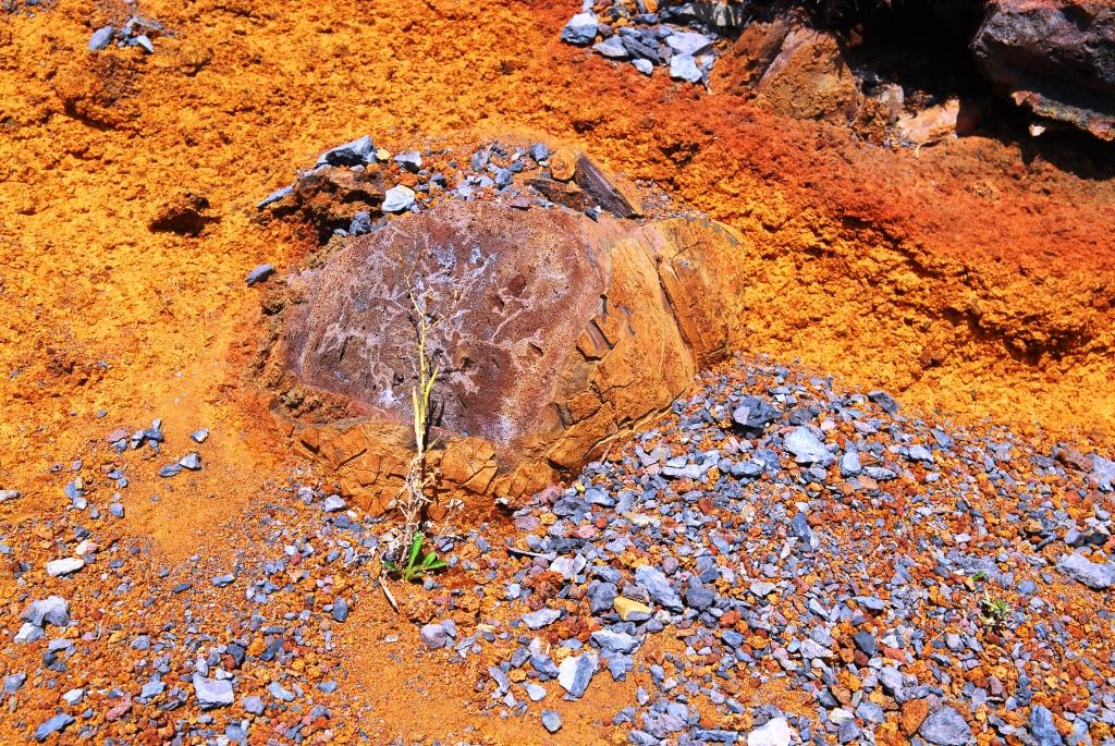 Vulkanisches Farbenspiel