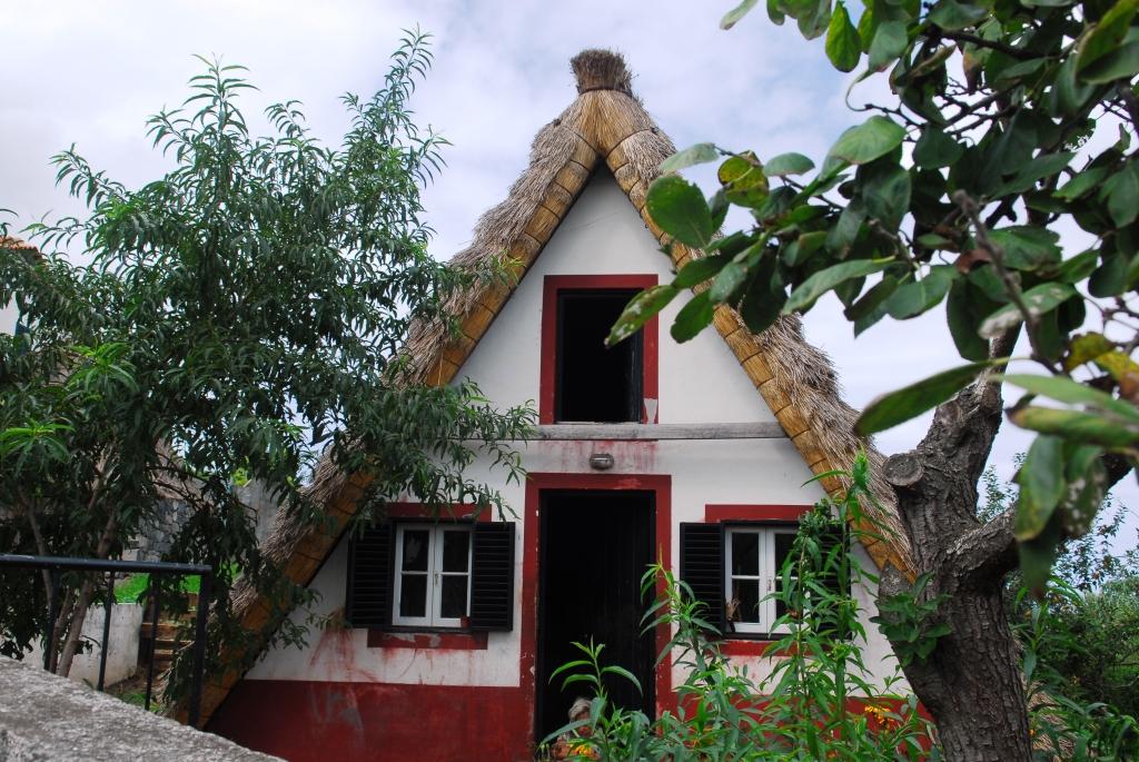 Ein Santana-Häuschen mit bitterarmen Bewohnern