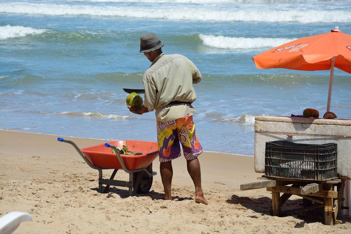 Coco Gelada, frisches, gekühlts Kokosnusswasser