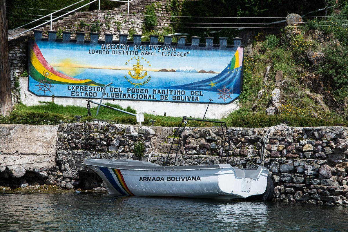 Boliviens Armada: Eine Seestreitmacht in einem Binnensee