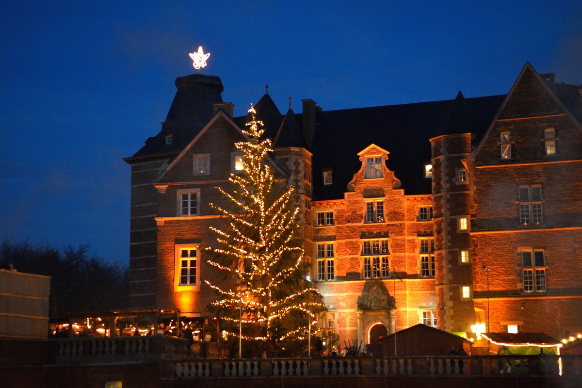 Weihnachtsmarkt auf Schloss Merode