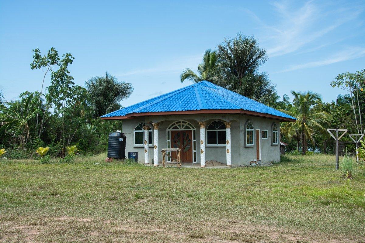 Villa im Maroon Dorf