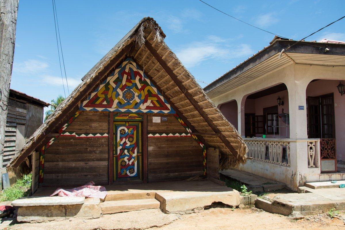 Traditionelles Maroonhaus in Apatou - gibt leider nicht mehr viele