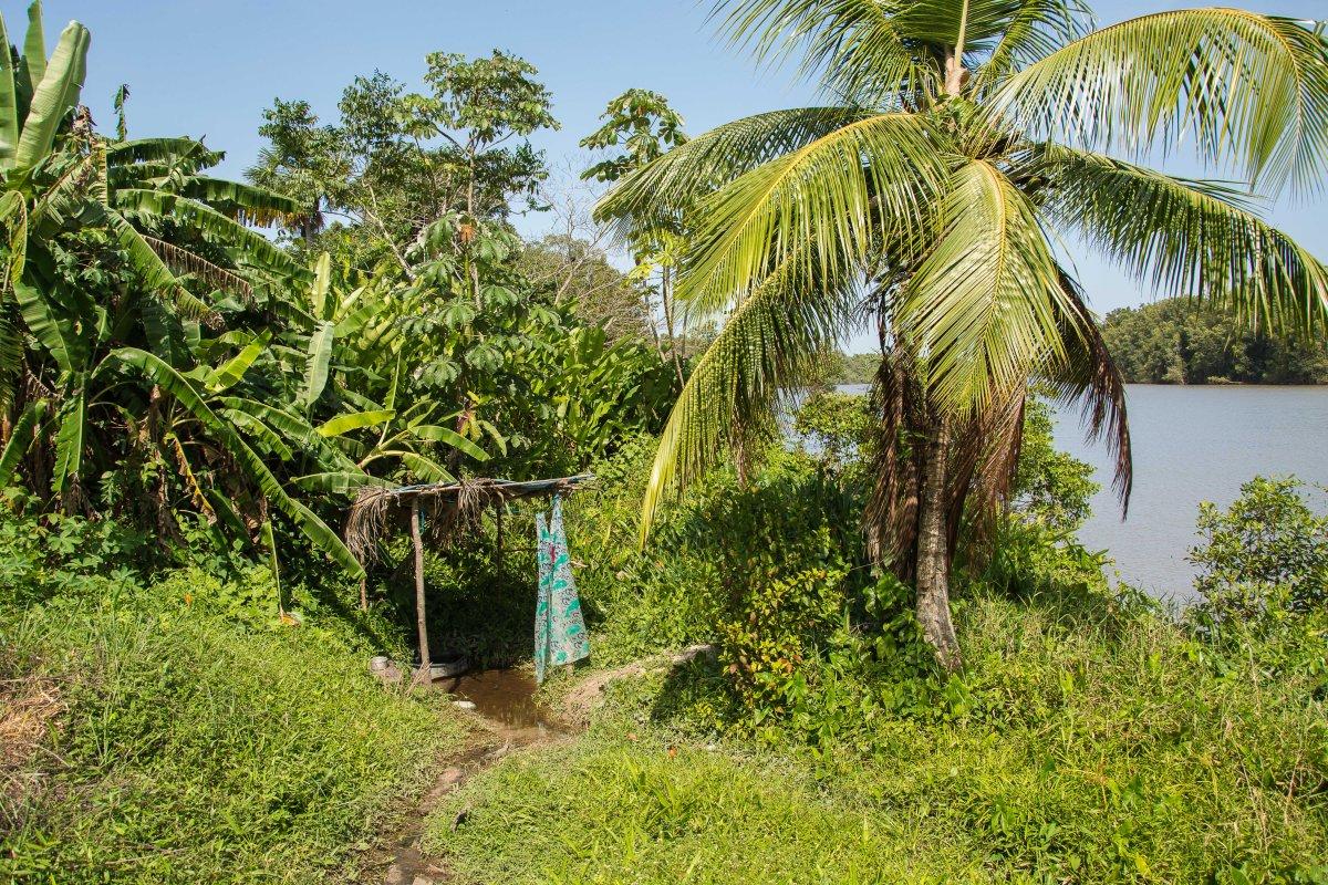 Die Dusche des Dorfes Ayawande
