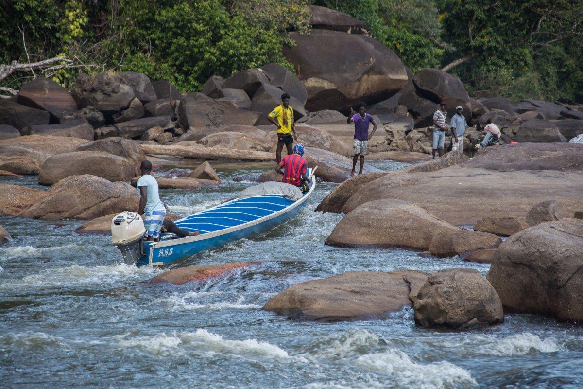 Stromschnellen am Boven Suriname
