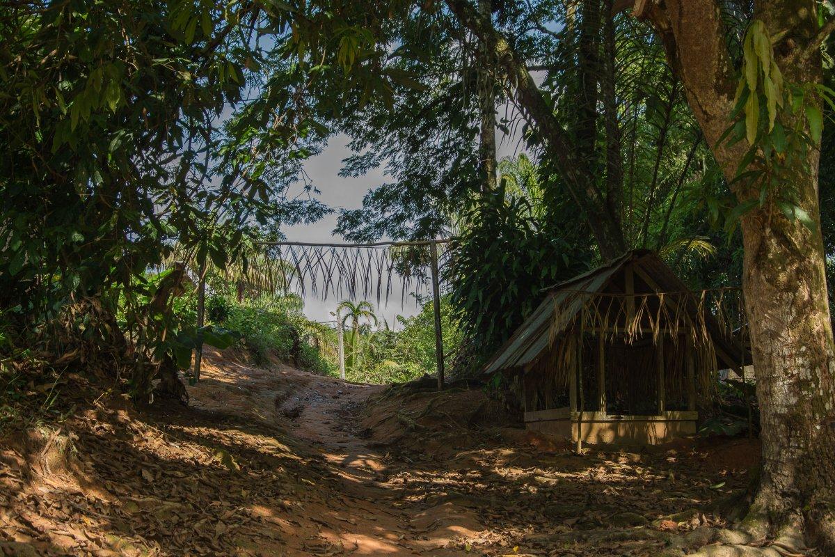 Der Eingang ins Dorf
