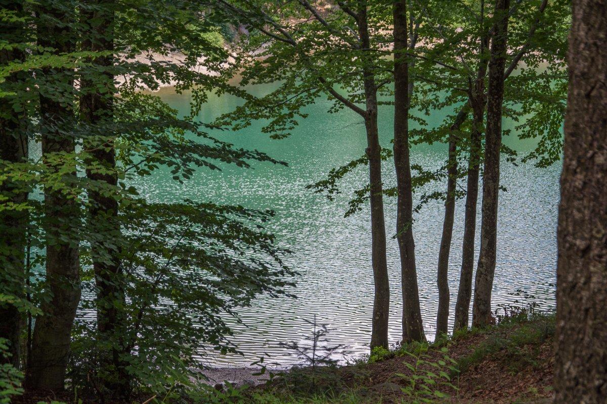 Lago de Lame im Naturpark Aveto, Ligurien