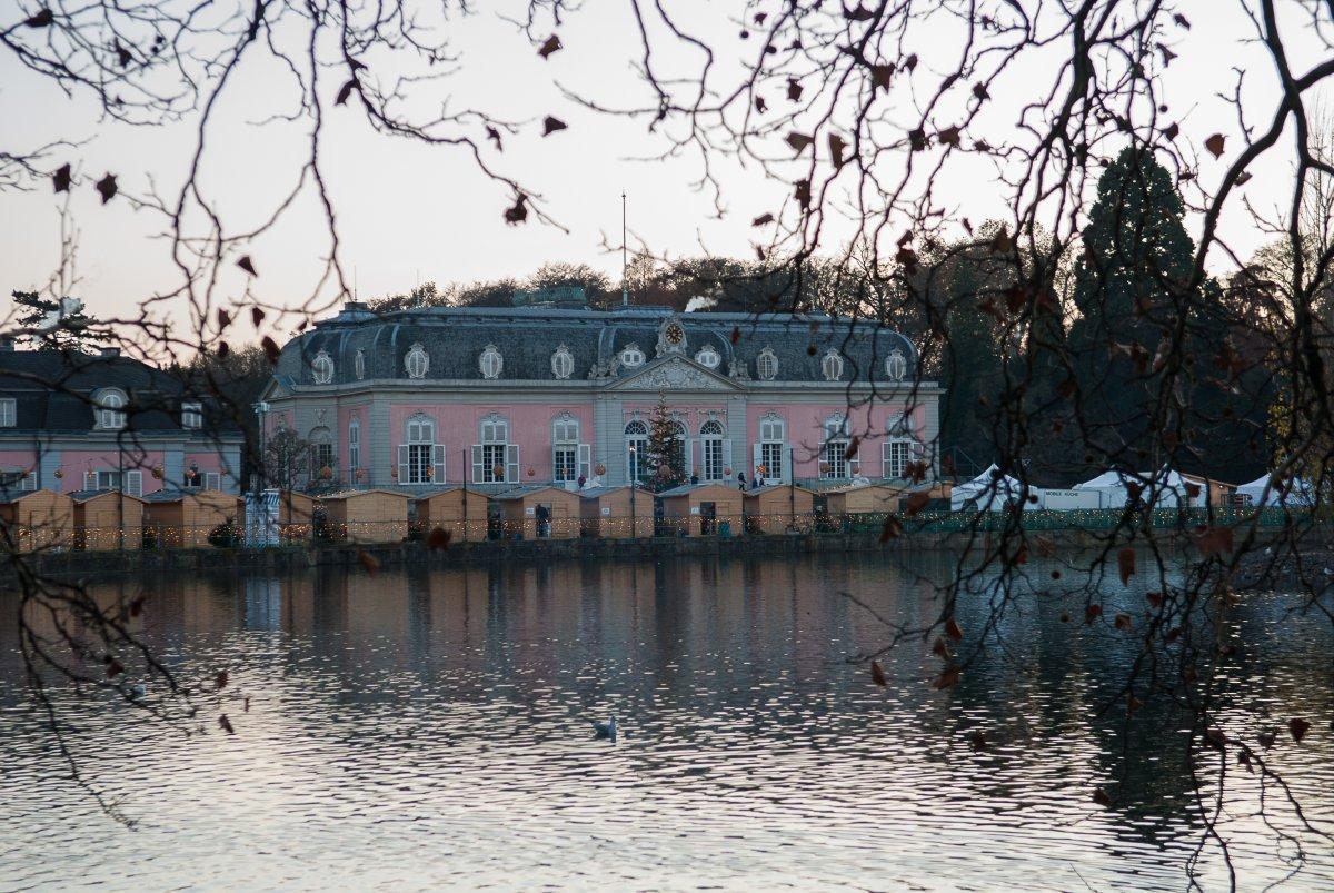 Schloss Benrath: Stimmungsvolle Weihnachtsmärkte
