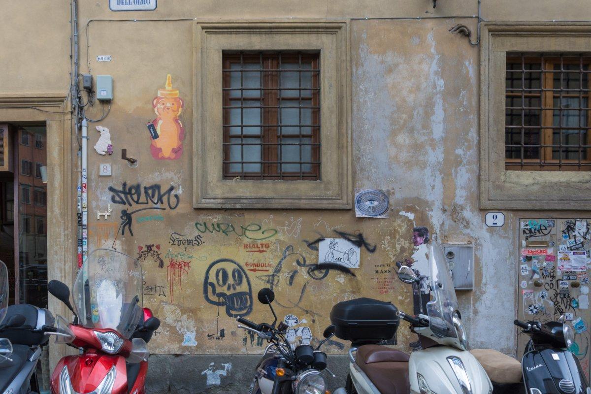 Ladenlokal von Clet Abraham in Florenz